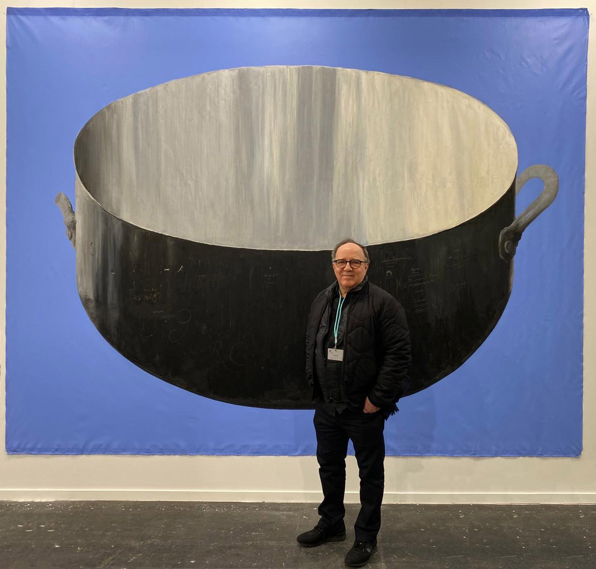 Fabelo in front of his work entitled Dios mío during the Feria de Arco. Madrid 2020.