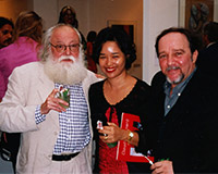 During his solo exhibition at Espace Cominnes with his wife Suyu and French art critic Pierre Restany, founder of 'New Realism' and author of the first manifesto of this artistic movement in 1960, Paris.